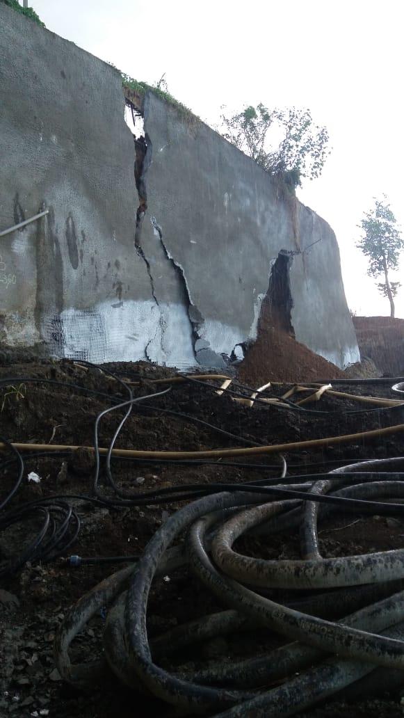 De nouvelles photos du glissement de terrain à Acajou