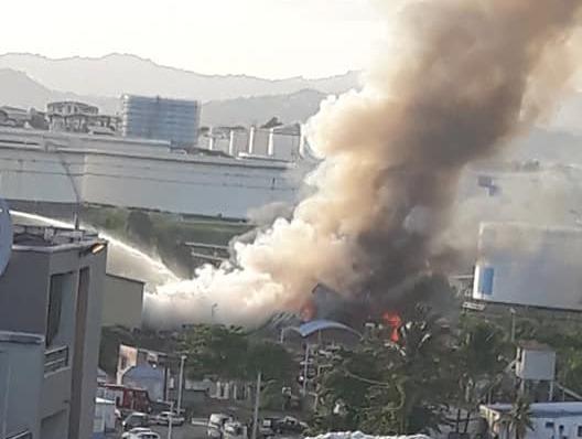 Incendie dans un bâtiment de tri des déchets de la Jambette