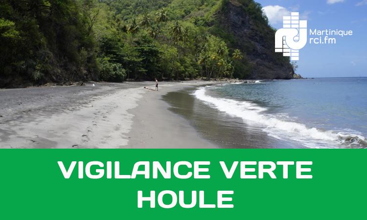 Houle : la Martinique repasse au vert