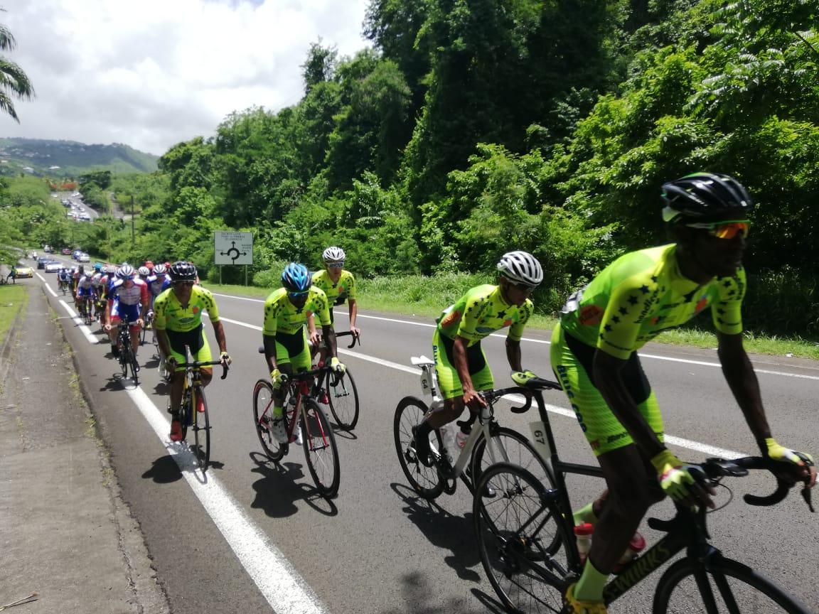 Suivez en direct la première étape de la route cycliste de Martinique
