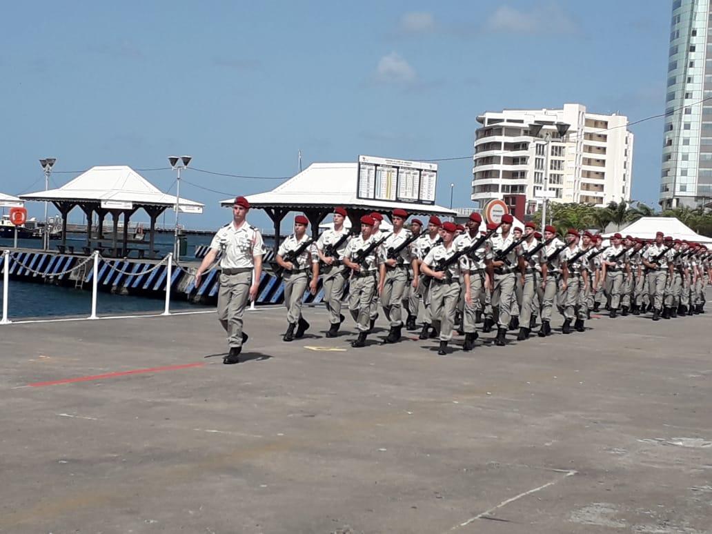 Le défilé du 14 juillet sur le bord de mer de Fort-de-France