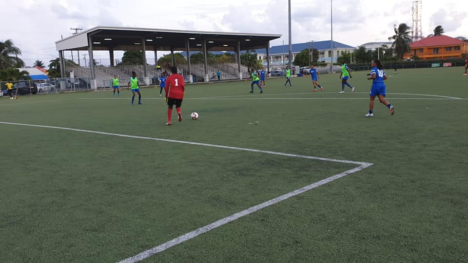 Football féminin : les U17 remportent leur premier match contre Antigua et Barbuda