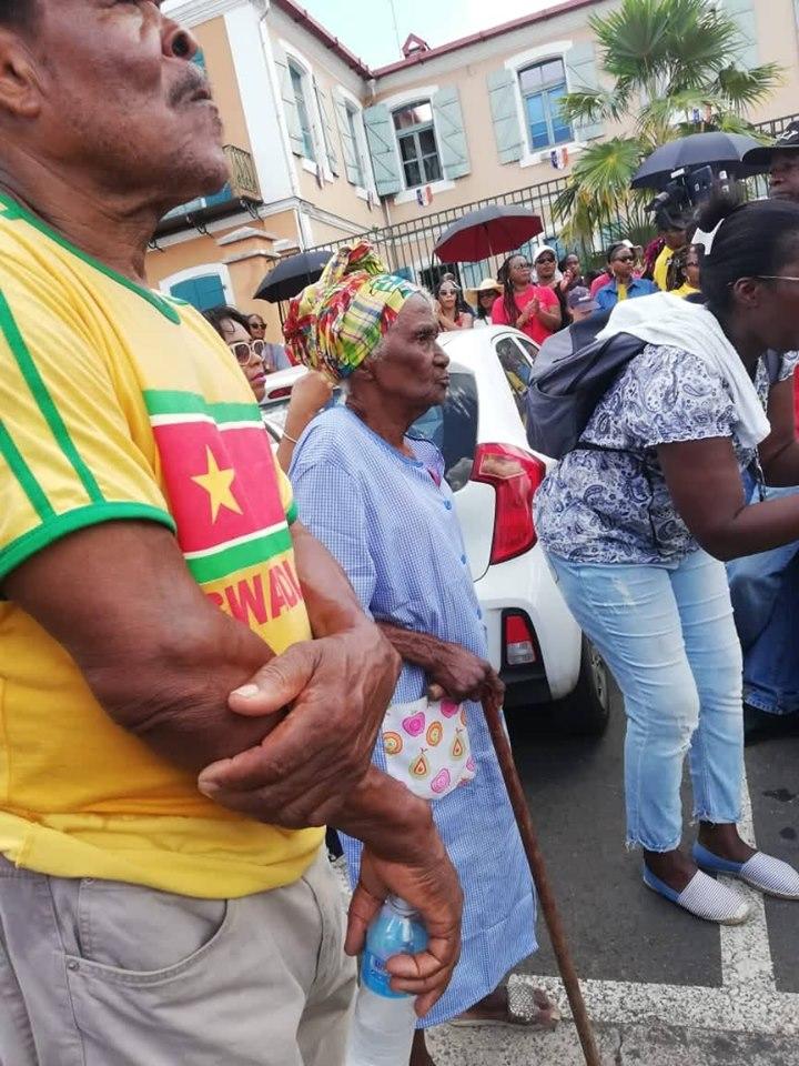 CHU: Plusieurs milliers de personnes mobilisées à Pointe-à-Pitre