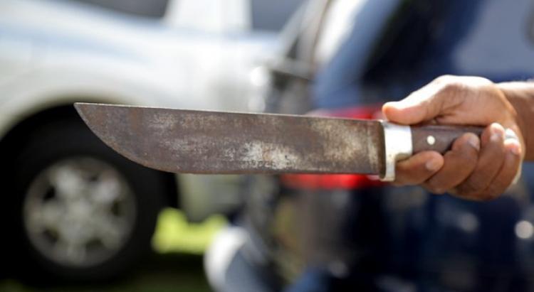 Un homme blessé au coutelas sur un marché pointois