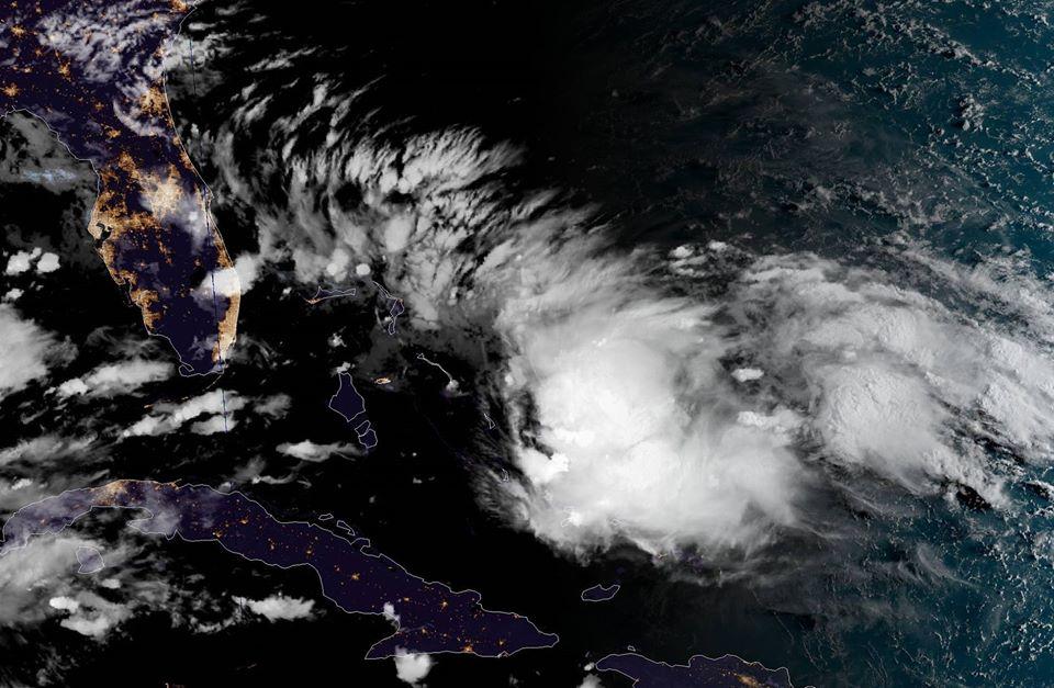 Une tempête tropicale sur le point de se former près des Bahamas