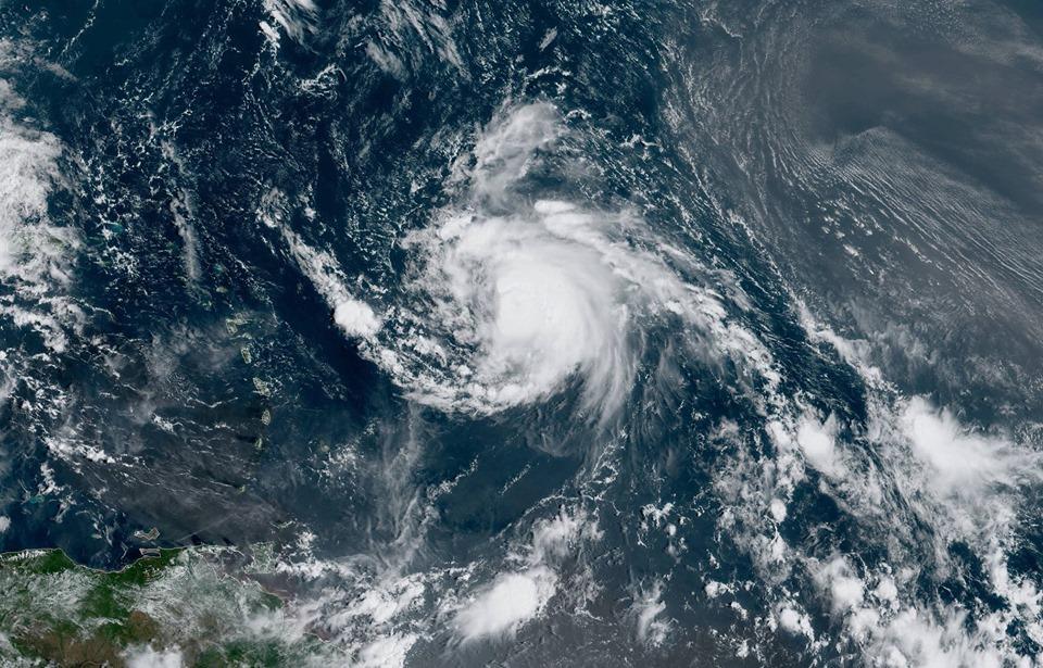 Météo : Jerry se renforce et devient un ouragan de catégorie 1