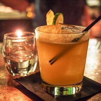 Alcools forts bannis de certaines soirées privées : la polémique sur fond de sécurité routière