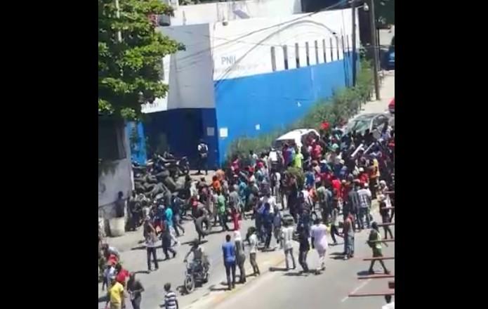 La situation reste très tendue en Haïti
