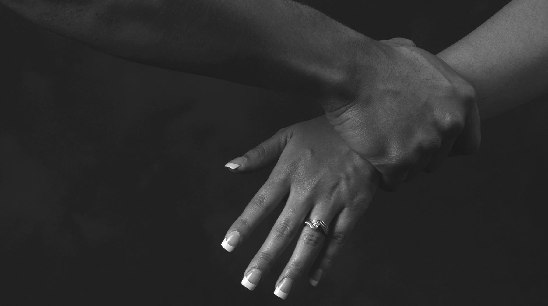 Un mari violent condamné, sa femme témoigne