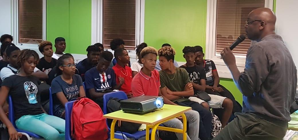 Racisme : Lilian Thuram échange avec des lycéens