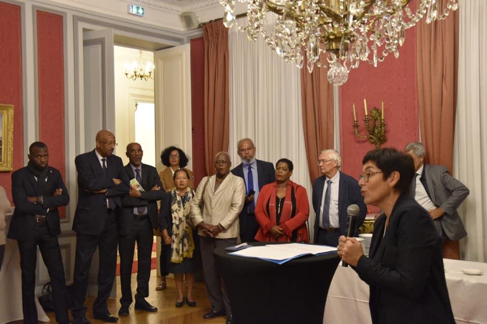 Chlordécone : la ministre des Outre-mer Annick Girardin reconnait la responsabilité de l'Etat dans ce dossier