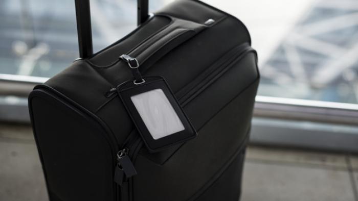 Une femme contrôlée à l'aéroport Aimé Césaire avec 193 000€ dans ses bagages