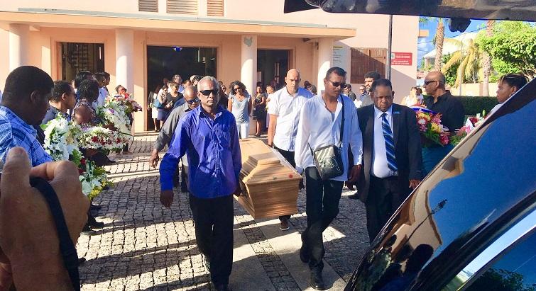 Entre colère et tristesse, Natacha Ramalingon a été enterrée à Saint-François