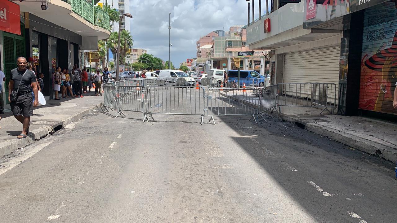 """L'inquiétude des commerçants de Pointe-à-Pitre à la veille de l'opération """"rue piétonne"""""""