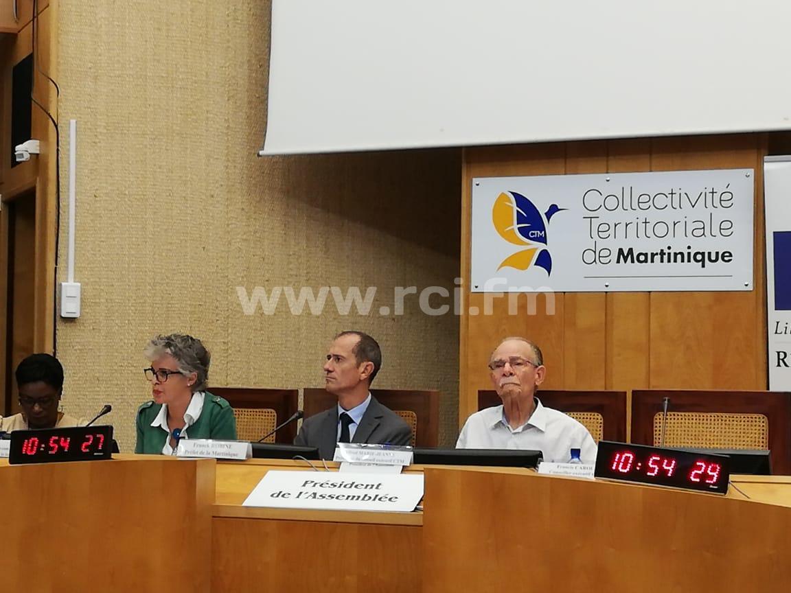 Signature d'une convention entre l'Etat et la CTM contre la pauvreté