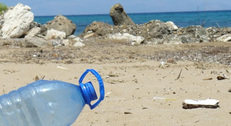 Les enfants du Gosier en première ligne pour le nettoyage des plages