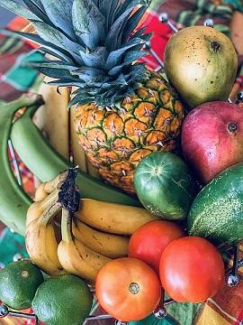 Des paniers de fruits et légumes offerts au personnel soignant