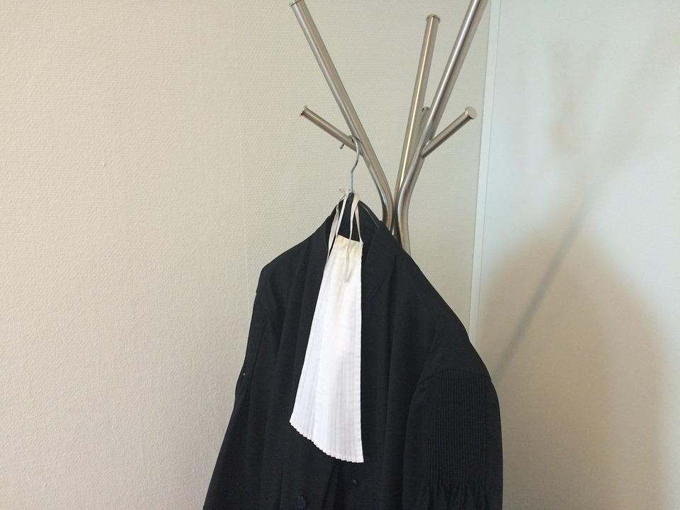 Les robes noires vont enfiler leur tenue d'athlète.