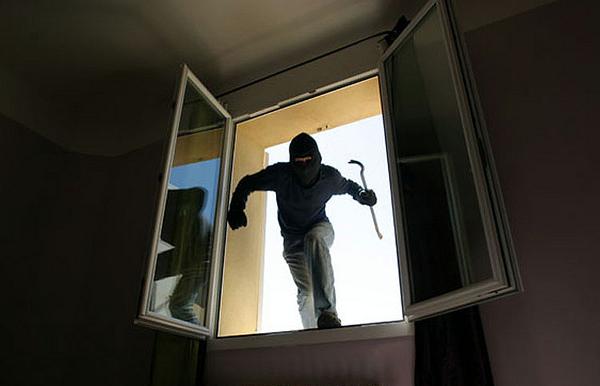 Un cambrioleur multirécidiviste à Sainte-Anne écroué