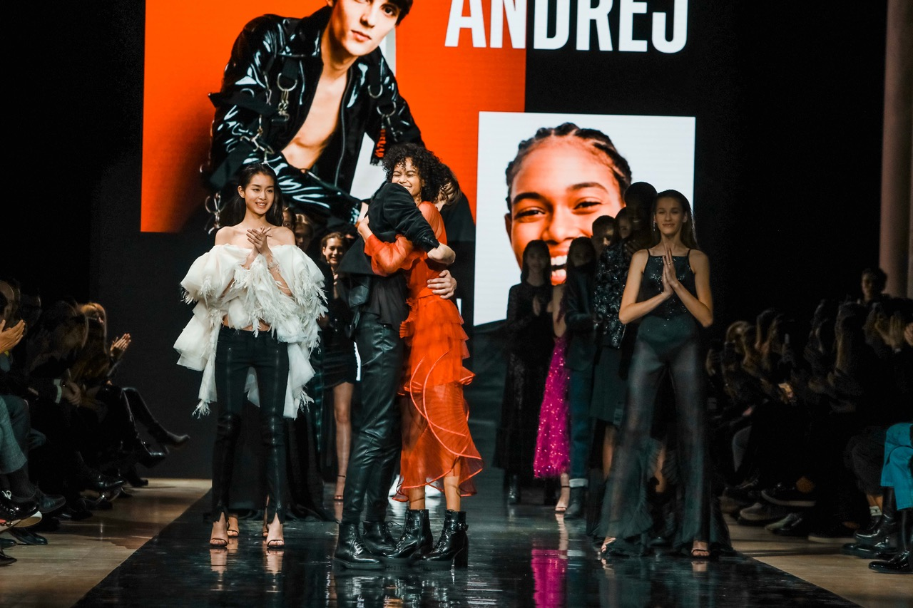 Une dominicaine remporte la finale internationale Elite Model Look