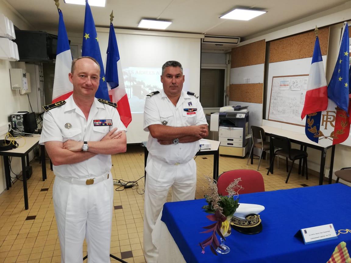 Le contre-amiral Jean Hausermann prend le commandement des forces armées