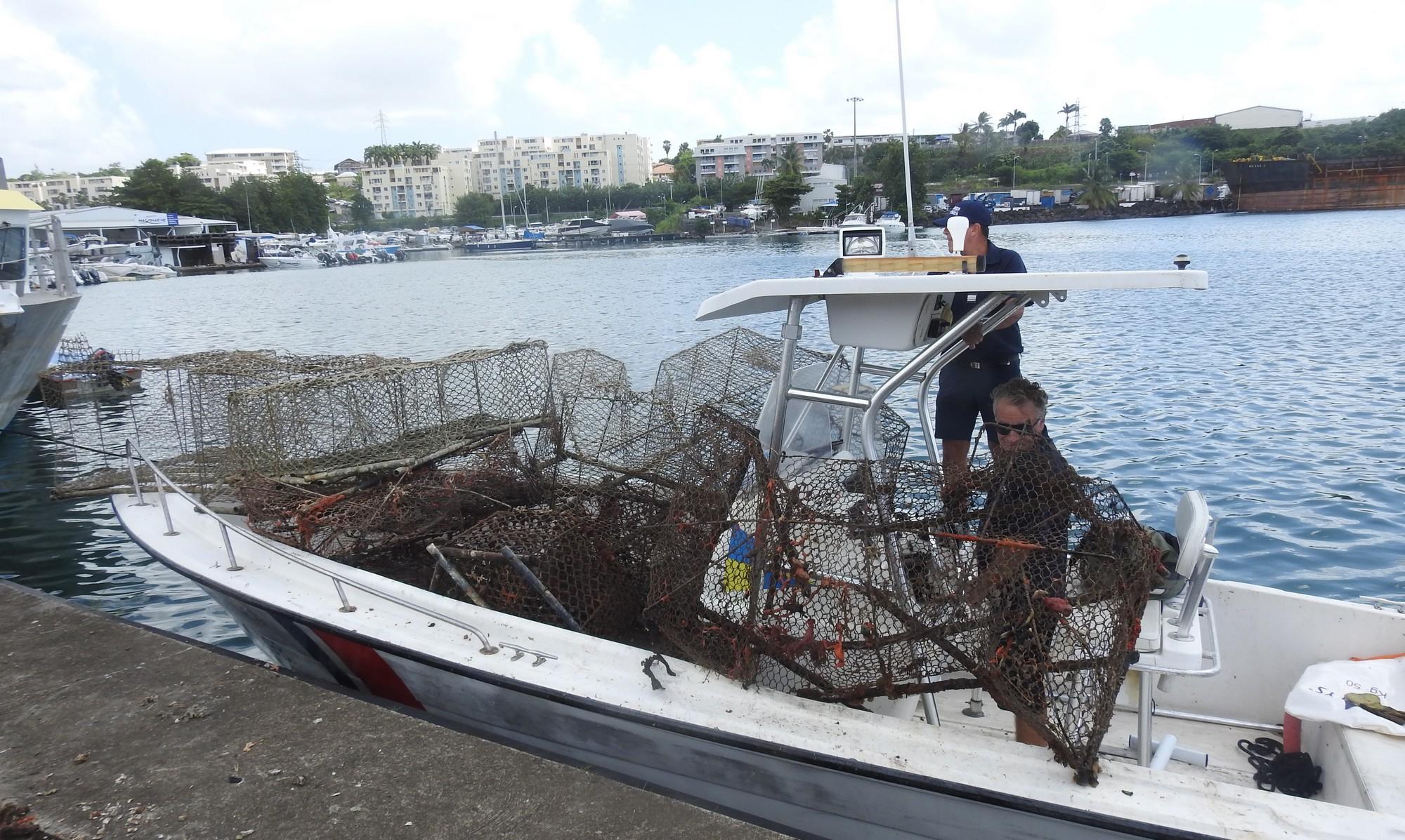 14 nasses et une ligne de fond détruites dans une zone interdite à la pêche