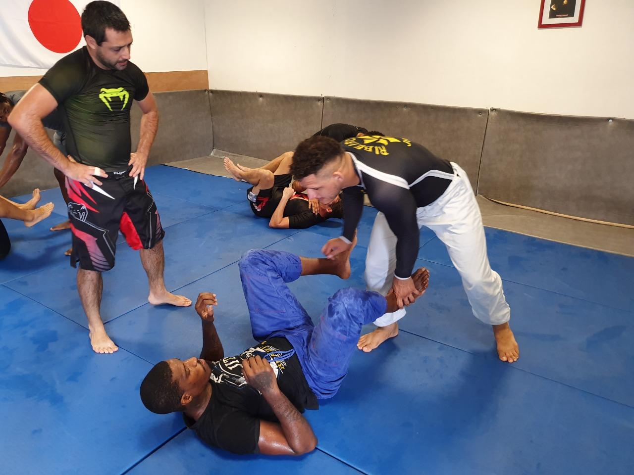 Ju Jitsu : le multiple champion du monde et d'Europe Tyron était en Martinique