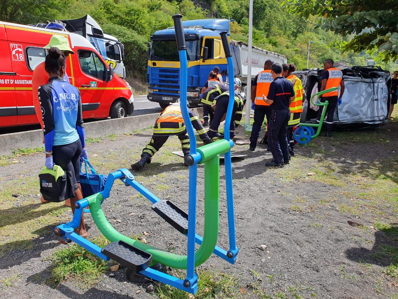Impressionnant accident à Gourbeyre