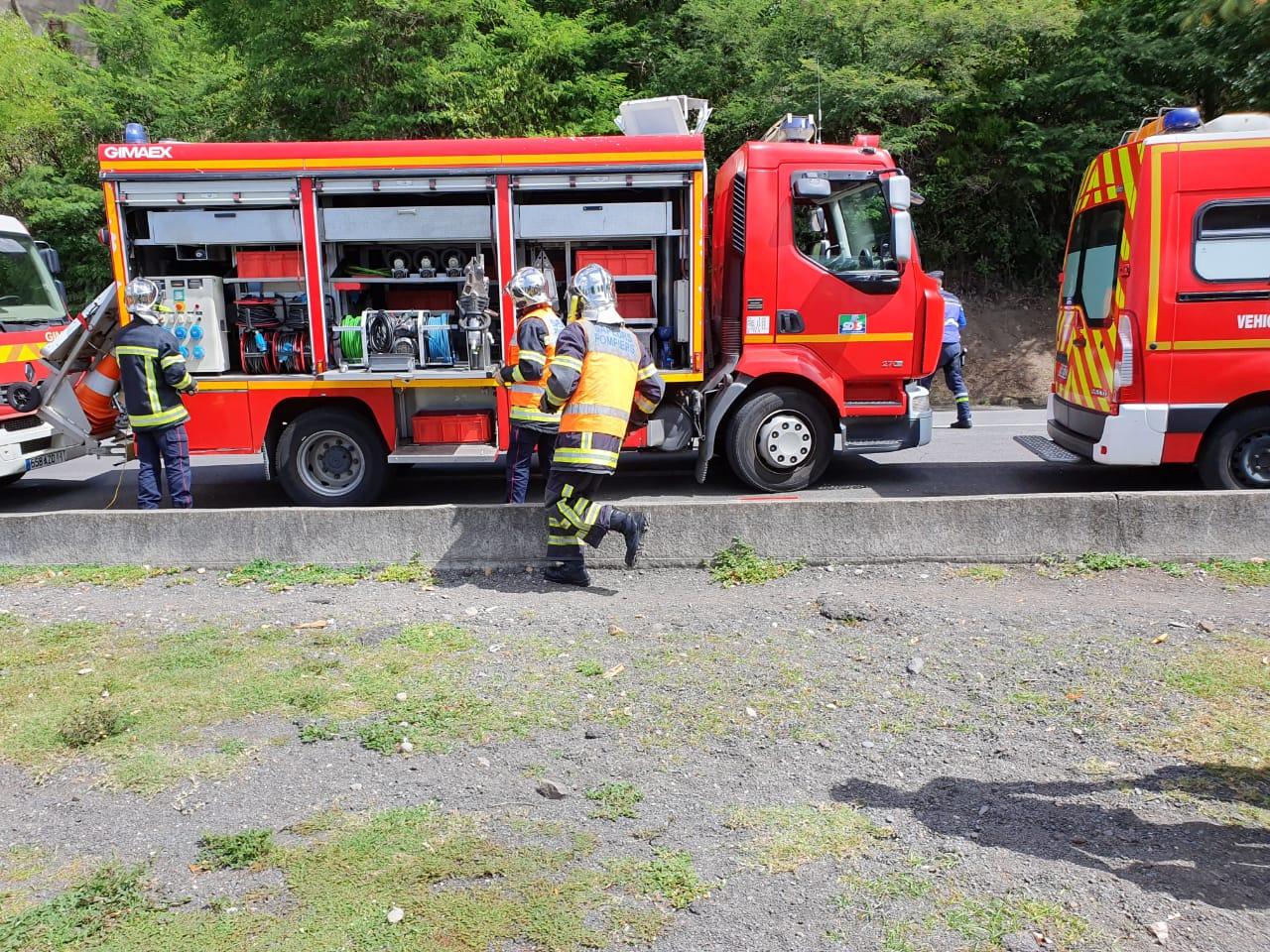 Il appelle les pompiers pour faire remplir sa citerne d'eau
