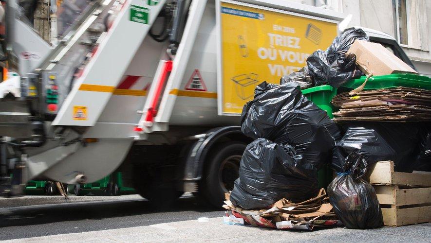 Bébé mort et ignoré dans une poubelle : les éboueurs condamnés