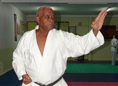 Taekwondo : Guy Fostin a validé son 7ème dan de ceinture noire