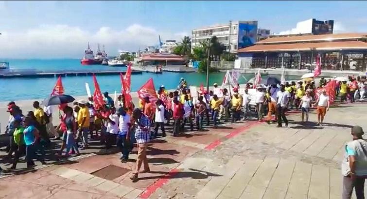 Une grève modérément suivie en Guadeloupe