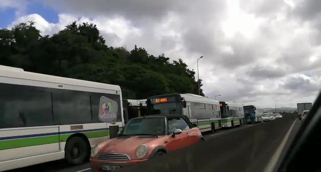 Les chauffeurs Mozaïk de nouveau en opération molokoy sur l'autoroute