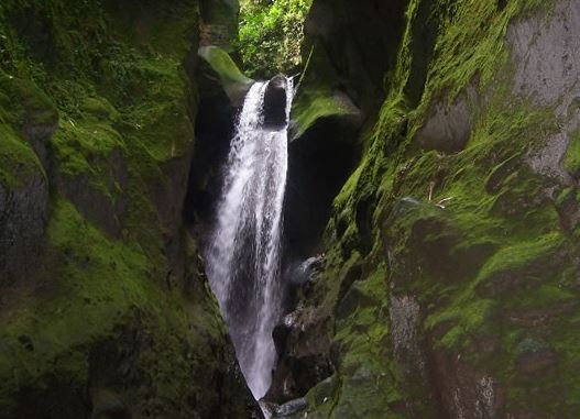 Un guide et une touriste décèdent aux Gorges de la Falaise