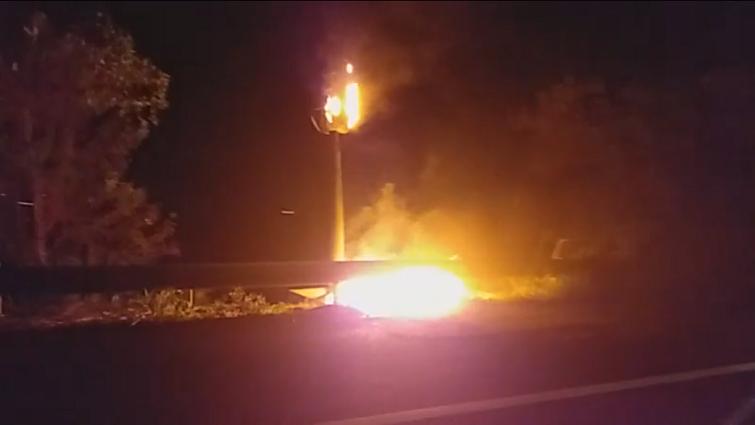 Un radar tourelle détruit par les flammes à Saint-François
