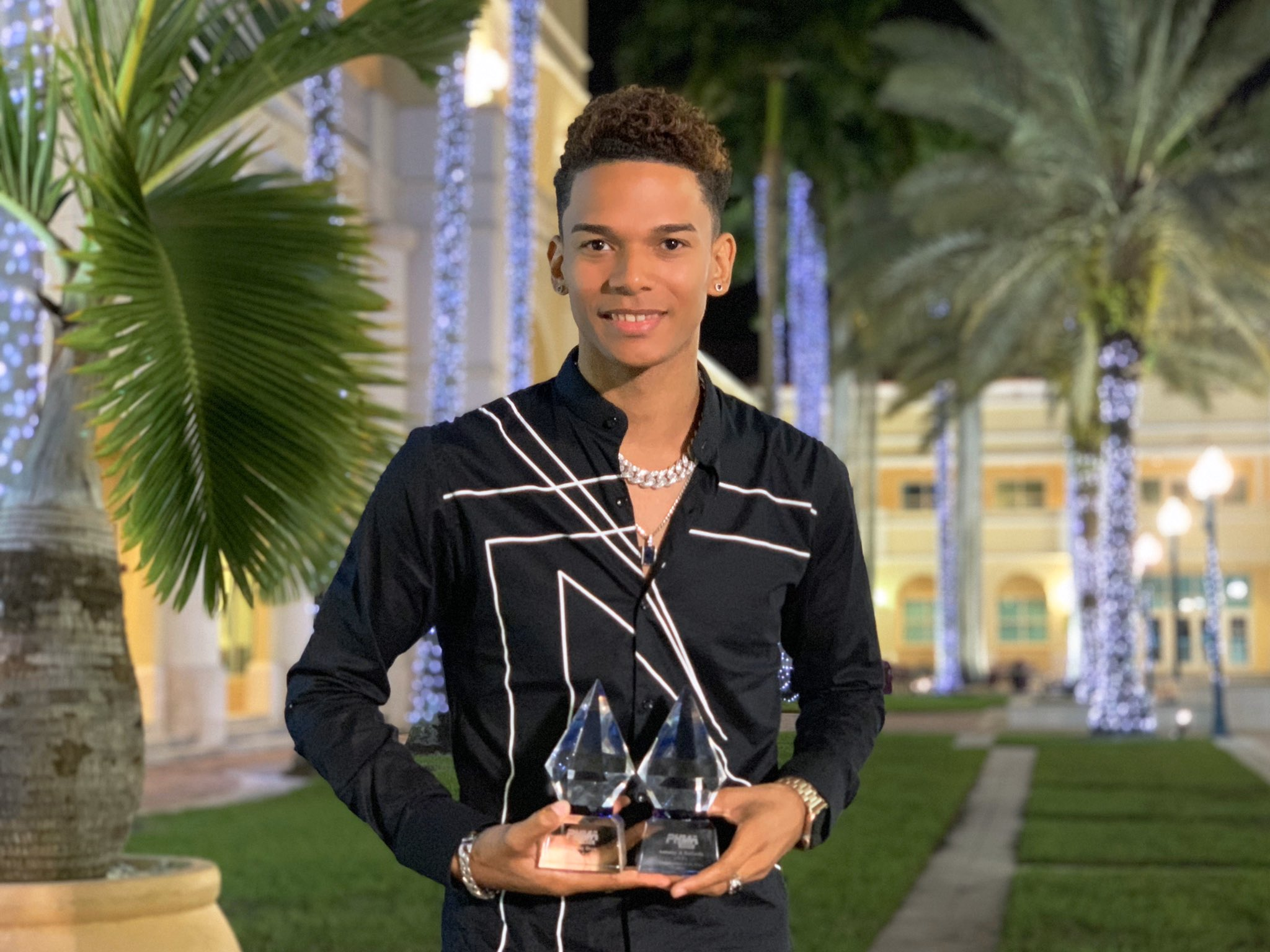 Antonny Drew remporte deux awards aux Haitian Music Awards à Miami