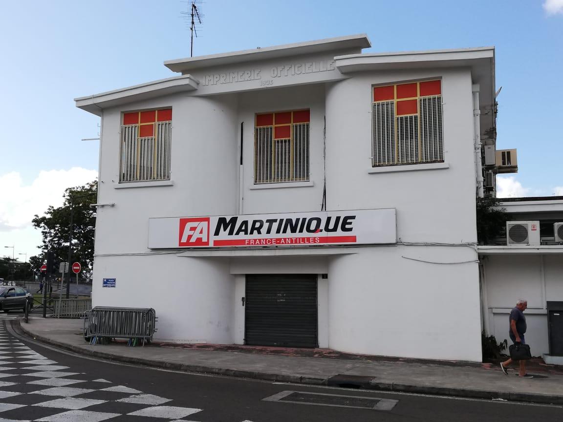 Derniers tours de rotative du quotidien France-Antilles
