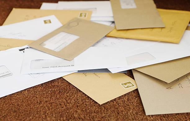 Du courrier qui arrive un mois après : on vous dit pourquoi