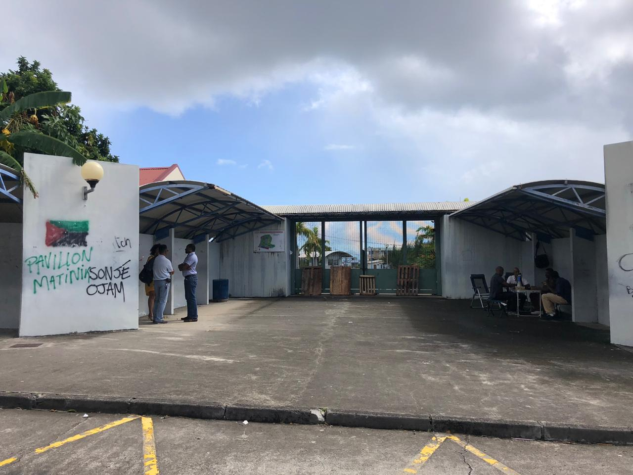 Les lycées de la Pointe des Nègres bloqués
