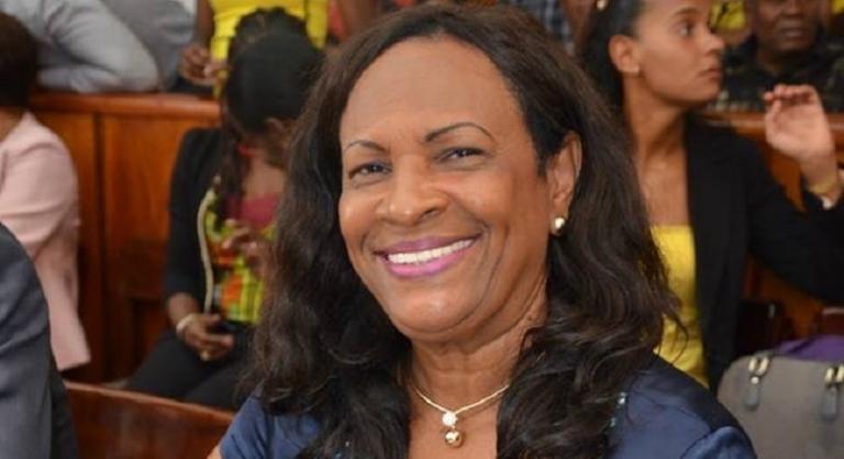 Claudine Bajazet est candidate à sa succession à Sainte-Rose