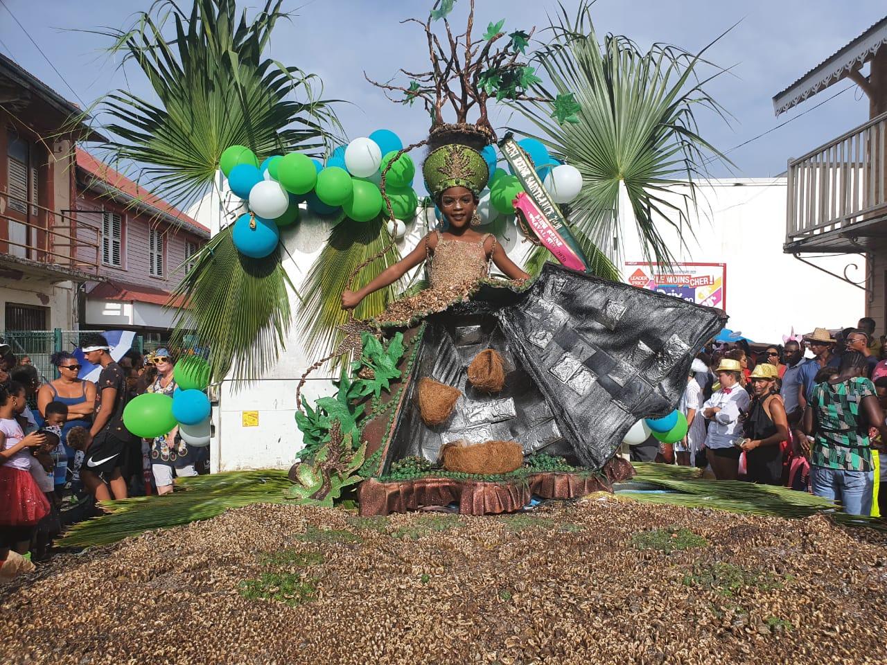 La ville de Ducos digitalise son élection des rois et reines du carnaval