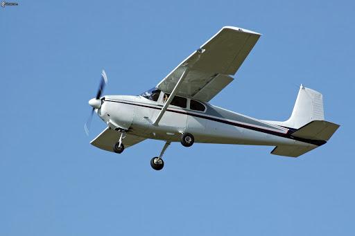 Crash d'un aéronef : les recherches suspendues pendant la nuit