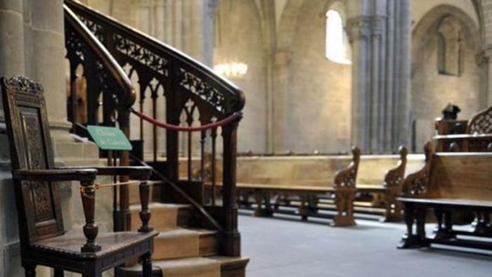 Le conseil d'Etat ordonne la levée de l'interdiction de réunion dans les lieux de culte