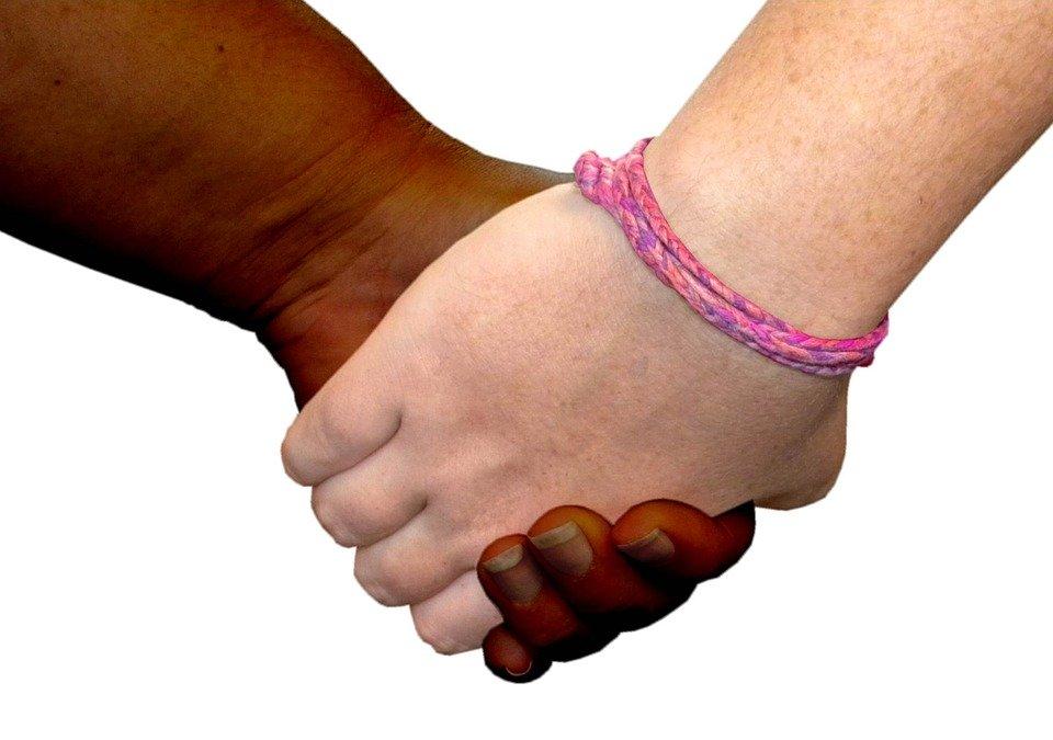 Mobilisation contre le racisme, l'antisémitisme et la haine anti-LGBT