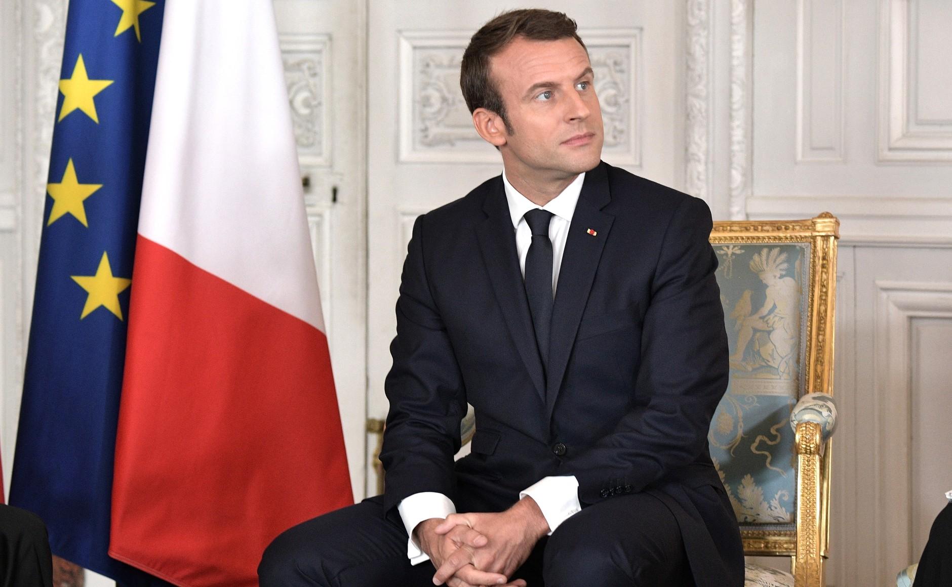 """Emmanuel Macron : """"Nous sommes en guerre"""""""