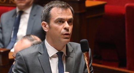Olivier Véran recommande la prudence sur l'usage de l'hydroxychloroquine