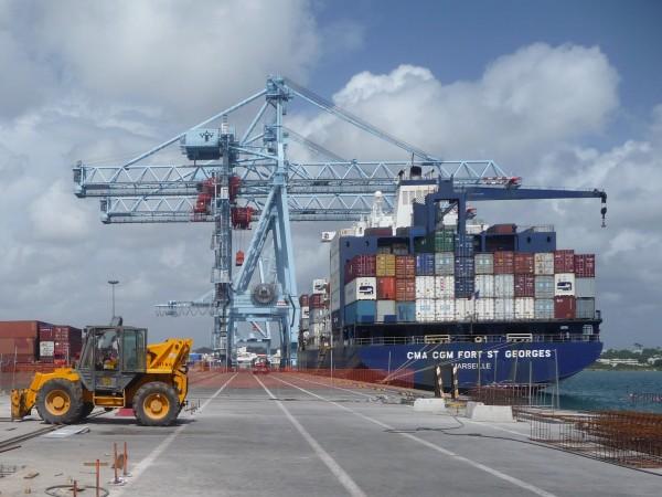 Confinement : la priorité à l'approvisionnement des commerces