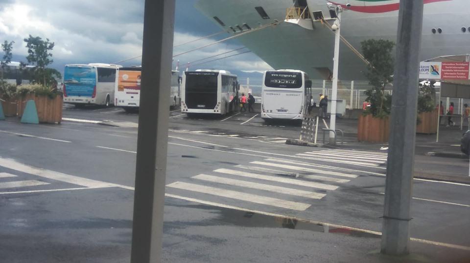 L'évacuation du Costa Magica se poursuit
