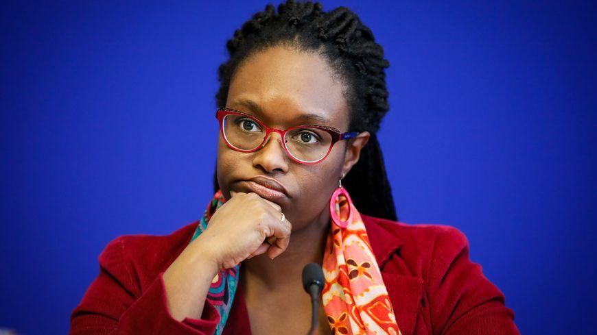 """Sibeth Ndiaye : """"le porte-hélicoptères Dixmude ne devrait pas servir d'hôpital"""""""