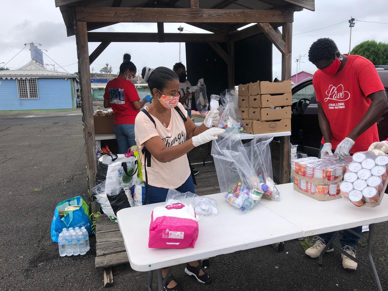 En temps de confinement, le collectif Love Challenge continue à distribuer des repas aux plus démunis